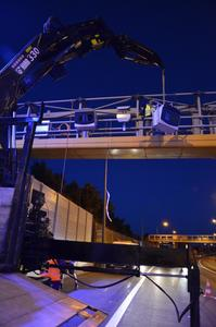 In the Bindermichl-Niedernhart tunnel on the A7 in Upper Austria, Jenoptik technology is used for stationary section speed control / It is the world's first multi-section system with driver recognition and connection to a variable message sign system