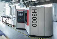 Die gemeinsam von Rösler und Hirtenberger Engineered Surfaces entwickelte Lösung ermöglicht das vollautomatisierte Post-Processing von der Entfernung von Stützstrukturen
