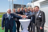 The energy transition made tangible: SH Netz has spent €4.5 million on building the first plant to integrate green hydrogen into Schleswig-Holstein's natural gas network