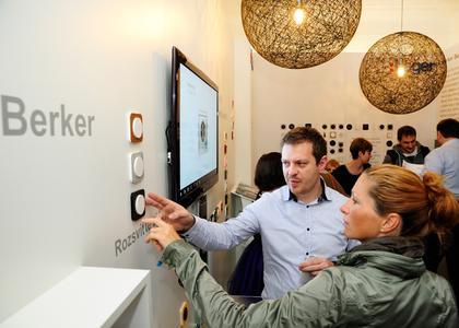 O kvalitách spínačů a řešeních Hager se na vlastní oči přišlo přesvědčit více než 5 000 návštěvníků, prezentace se setkala s velkým úspěchem
