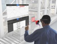 Der Servicetechniker erhält via Augmented Reality Einblick in die Diagnosedaten des Sensors