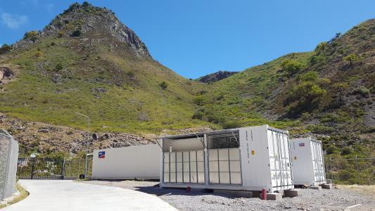 Solarenergie und Speicher: SMA Lösung sorgt für paradiesische Stille auf der Karibikinsel Saba