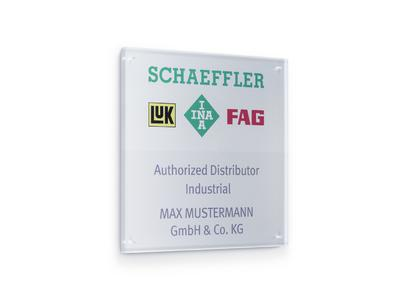 """Every certified distributor receives a plaque to position himself as an """"Authorized Distributor Industrial"""" on the market / Images: Schaeffler"""