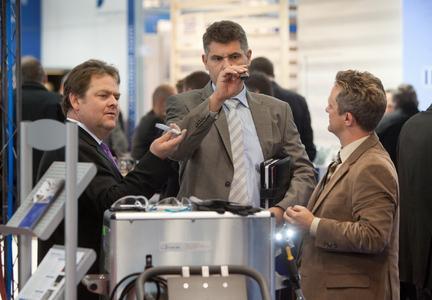 Die parts2clean präsentiert nicht nur Lösungen zur industriellen Reinigung von Teilen und Oberflächen, sondern zur Kontrolle und dem Erhalt der erzielten Sauberkeit.