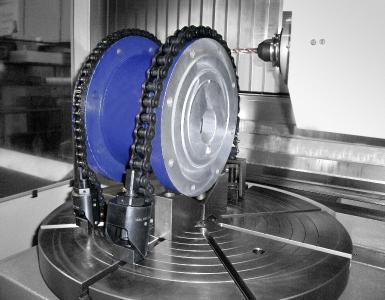 Das HEINRICH KIPP WERK hat Kettenspanner in das Sortiment aufgenommen, die ein sicheres Spannen von Werkstücken mit komplexen Formen ermöglichen.