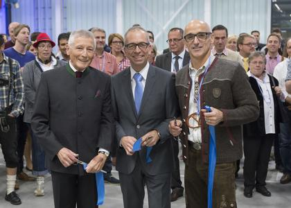 The production hall is opened officially. From left to right: Franz Longin (chairman of the mmb-foundation council), Markus Fuchs (operation manager of the location in Waghäusel) and Ulrich Kreher (CEO Elektror). Picture author: Elektror airsystems gmbh