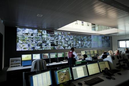 Huge video wall comprising 51 eyevis DLP cubes in Munich's new traffic managment centre