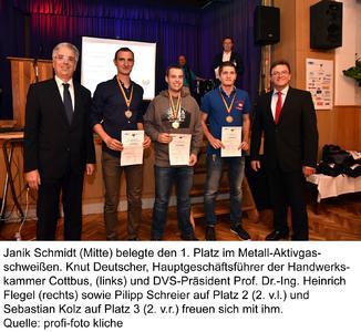 1. Platz für Janik Schmidt im Metall-Aktivgasschweißen