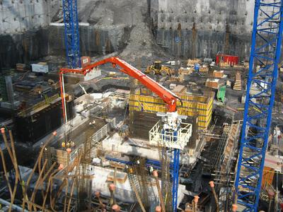 The Z-fold design of the placing booms was vital in progressing the project