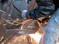 Turbine powers innovative angle-grinder