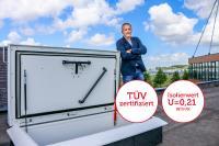 Mit einem vom TÜV bestätigten U-Wert für die gesamte Konstruktion von nur 0,21 W/m2K ermöglicht der ThermoTop den sicheren, schnellen und komfortablen Zugang zu Flachdächern ohne Wärmeverluste.