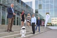 (v.l.n.r.): Das Projektteam des do-it-Wettbewerbs: Prof. Dr. Thomas Breyer-Mayländer, Anne Nickert, Kerstin Gärtner, Hans-Peter Möschle und  Markus Walter