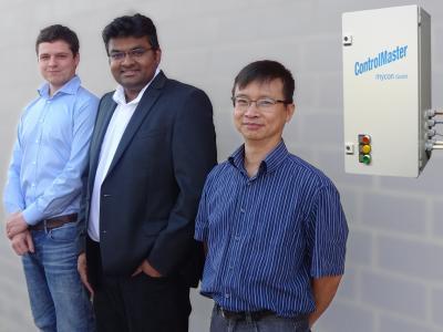 """Projektteam Pilotprojekt """"Einsparzähler"""" mycon GmbH; von links: Philip Modler, Dr.-Ing. Hiren Gandhi, Dipl.-Ing. Huu Phong Nguyen"""