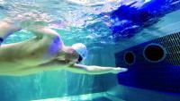 Interessenten können die Gegenstromanlage HydroStar bei einem Probeschwimmen kostenlos testen
