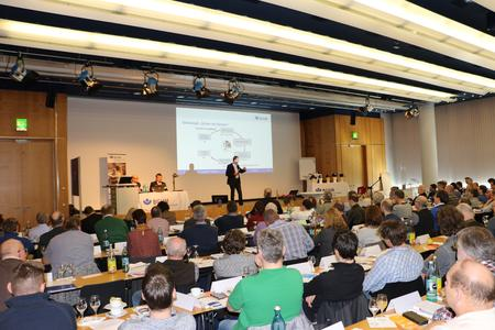 (Quelle: BGHM) Premiere des Arbeitsschutzforums in Nürnberg.