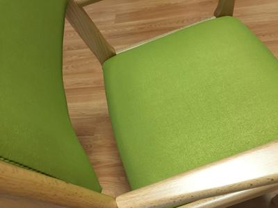 Highly abrasion resistant and a wide range of designs: that's what the Dynactiv Surfaces for applications in the furniture industry offer (Photo: ContiTech)