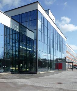 University of Applied Sciences, Lahti, Finnland Pilkington Activ Suncool Optilam™ 70/35; Pilkington Activ Suncool™ 70/35