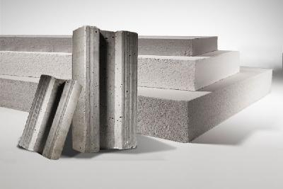 Refractory materials with Poraver®