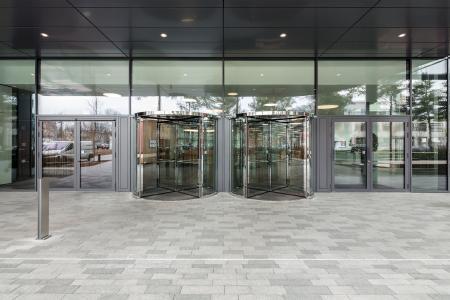 GEZE Vector Gebäude Karussell-u-Dreht (Bild: GEZE GmbH)