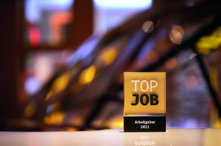 """VR Payment wurde mit dem """"Top-Job""""-Award 2021 ausgezeichnet und ist damit einer der besten Arbeitgeber in Deutschland."""