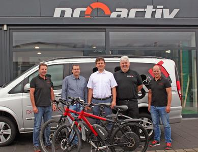 Geschäftsführer Jörg und Andreas Sättele (Firma PRO ACTIV), Geschäftsführer Thomas und Ralf Ströbele (Firma yourIT), PRO ACTIV Produktberater Frank Ettwein (v.l.n.r)