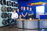 Das Team von Premio Reifen & Autoservice Zink & Hirschkorn in Fri...