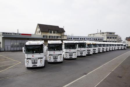 Insgesamt 15 Fahrzeuge von Renault Trucks sind für den Rennstall von Peter Sauber ab den Europarennen im Einsatz