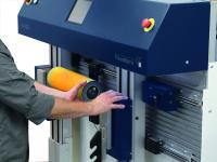 Klischee Montageautomat FlexoMatrix von LEHNER: Die Technologieplattform für die industrielle Etikettenproduktion für deutlich mehr Effizienz im Drucksaal.