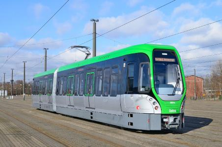 Stadtbahnwagen in Hannover, © Dieter Larass