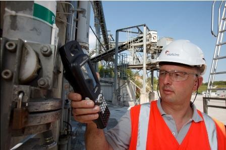 Baustoffproduzent optimiert logistische Prozesskette durch mobile RFID-gestützte Systemlösung