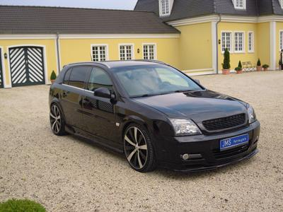 The pure Racelook – JMS shows new bodykit for the Opel Signum with Advanti shine 20 inch  racing wheels limited Edition