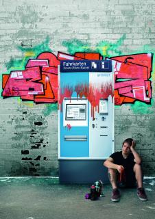 Innovative Beschichtungstechnologie von Sedlbauer sorgt dafür, dass Sprühfarben abperlen und nicht haften bleiben. Damit erspart sie teure Reinigungen. / © Sedlbauer AG