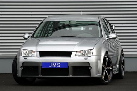 New Racelook Styling & Faclifting for the VW Bora from JMS 04