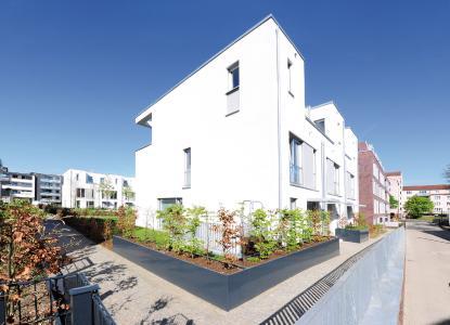 Das Wohnquartier FleherLeben in Düsseldorf besticht durch seine intelligenten Grundrisse und offenen Raumkonzepte, die das natürliche Wesen des umliegenden Stadtteils aufgreifen.