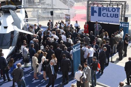 HPilotClub launching (© Copyright Airbus Helicopters, Patrick Penna - 2015)