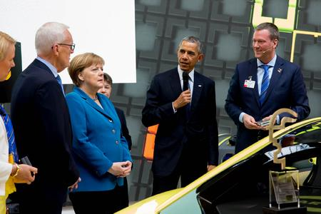 Prominent visit - US President Obama and Chancellor Merkel at HARTING