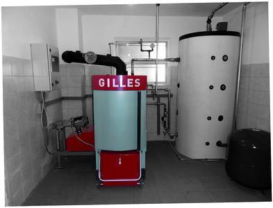 Vorzeigereferenz Pelletsheizung Gilles HPK RA 15 sw SDC10658