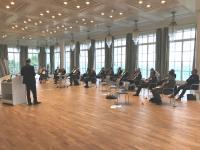 30 Teilnehmer aus Industrie und Wissenschaft trafen sich auf dem Petersberg bei Bonn unter Corona bedingten Hygienevorgaben nun zum Austausch über die Zukunft der Kupferforschung