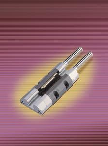Die LOCKED-Serie LZ-P für den pneumatischen Betrieb bietet Klemmung mit Sicherheitsfunktion für Z-Achsen und erhält im Herbst 2010 die berufsgenossenschaftliche Zulassung, (Foto: ACE Stoßdämpfer GmbH)