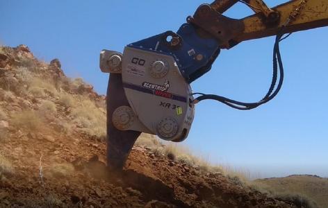 Spezialgerät zur Ziehung von Schürfgräben; Foto: De Grey Mining