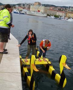 Tretboot-Regatta: 1. Platz für die FH-Ente
