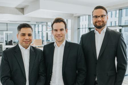 Die neue Geschäftsführung von Link11: Marc Wilczek (links), Jens-Philipp Jung (Mitte), Karsten Desler (rechts)
