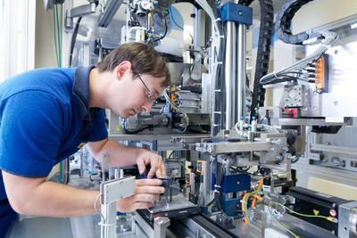 Pierburg Pump Technology, Werk Hartha,  Endmontage Wasserumwälzpumpen