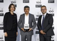 Die PROXIA Software AG, vertreten durch die Vorstände Julia Klingspor (l.) und Torsten Wenzel (r.), wurde am  28. Juni 2019 im Innovationswettbewerb TOP 100 von dem Mentor des Wettbewerbs, Ranga Yogeshwar (m.) in der Frankfurter Jahrhunderthalle ausgezeichnet.