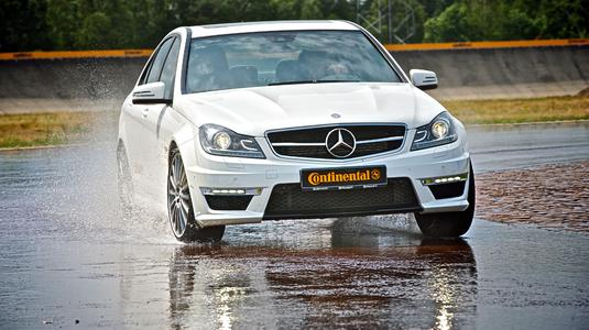 Test car at the small wet circle