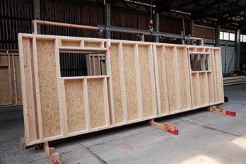 Priprema zidnih konstrukcija od SWISS KRONO OSB/3 bright ploča (izvor slika: SWISS KRONO)
