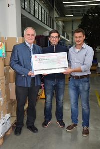 Spendenübergabe an den Rother Landrat Herbert Eckstein