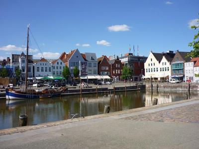 Stadt Husum Hafen.JPG