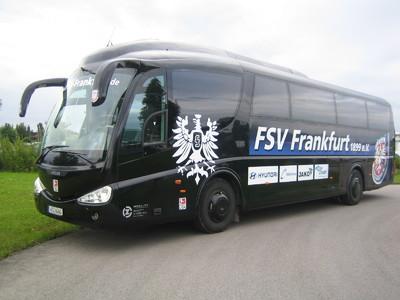 "Der Scania der Z MOBILITY im ""Trikot"" des FSV Frankfurt"