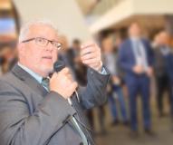 Andreas Langer bei einer Präsentation